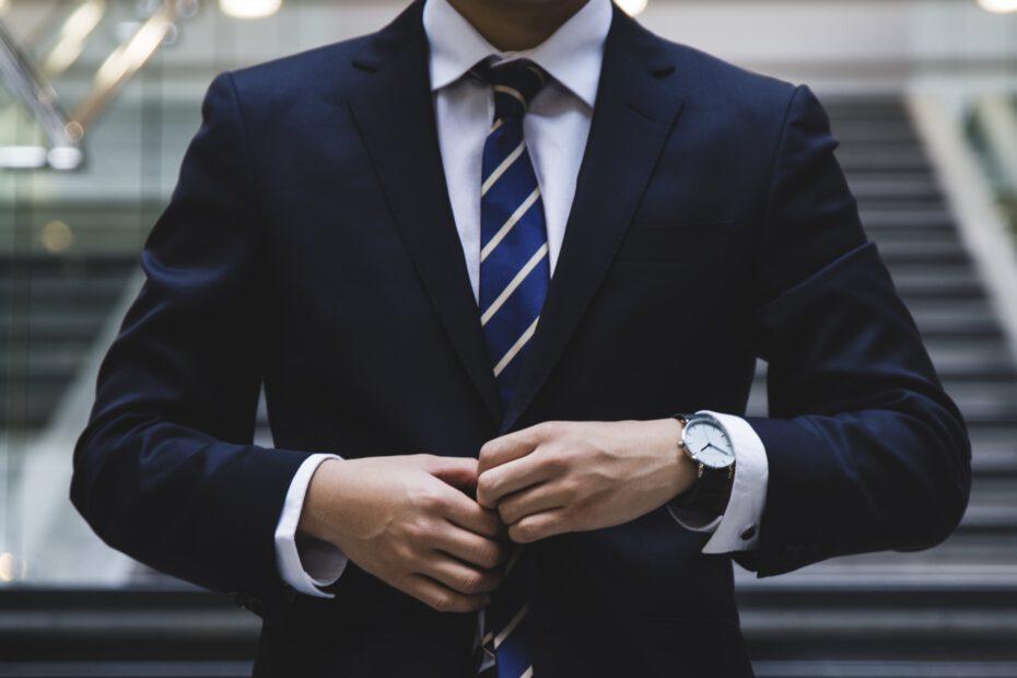 Karriere, Karriere machen nach dem Studium, vom Studenten zur Führungskraft, Befördert werden nach dem Studium, Beförderung, Studium